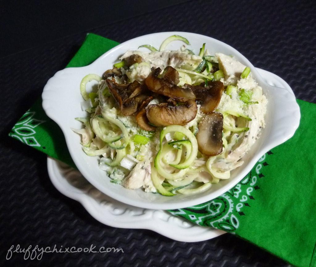 chicken-alffredo-mushroom-zoodles-horiz
