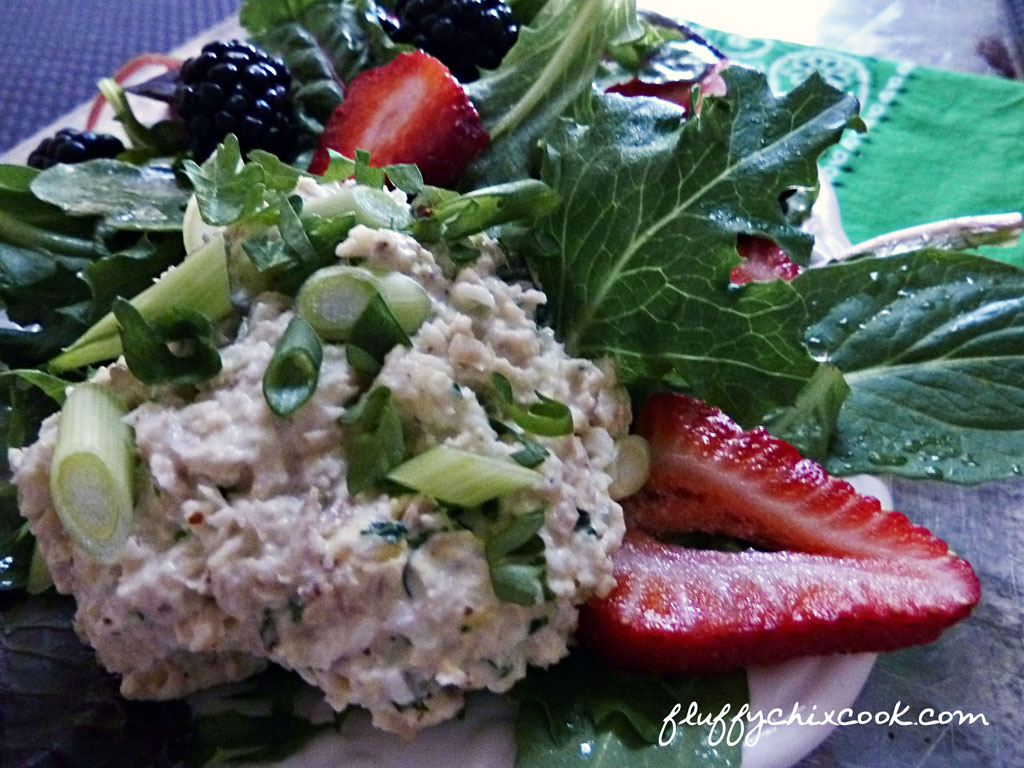 chicken-salad-berries