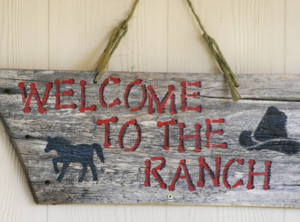 ranch-sign-