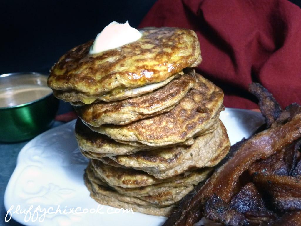 psylli-pumpkin-pancakes-drooping